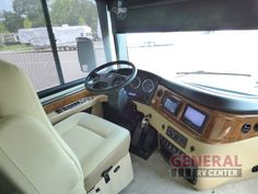 New 2016 Fleetwood RV Discovery 40
