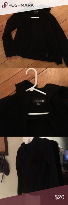 Don't need it This perfect condition barely worn forever 21 lightweight zip up hoodie is pitch black color with no pulls  at all. At zips in the front and has a hood in the back size small petite. Smoke-free dust free pet free recently clean Tops Sweatshirts & Hoodies