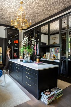 Master Closet, Closet Bedroom, Home Decor Bedroom, Closet Space, Dressing Room Closet, Dressing Area, Dressing Rooms, Large Chandeliers, Luxury Closet