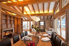 Dining Room // Essbereich