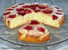 GRUNT TO PRZEPIS!: Proste ciasto jogurtowe z truskawkami