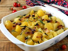 Mustard-Roasted Potatoes, Onion and Bacon go great with grilled meat. Potato Onion, Potato Salad, Romanian Food, Grilled Meat, Roasted Potatoes, Vegetable Recipes, Feta, Macaroni And Cheese, Bacon