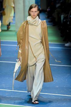 【ルック】「セリーヌ」2016-17年秋冬パリ・コレクション | 2016-17 FW PARIS COLLECTION | CELINE…