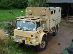 A359 DUX - 1984 Bedford MJ 4 Ton Radio Truck Expedition Trailer, Expedition Vehicle, Army Vehicles, Armored Vehicles, Bedford Truck, British Armed Forces, Adventure Campers, Bug Out Vehicle, Military Surplus