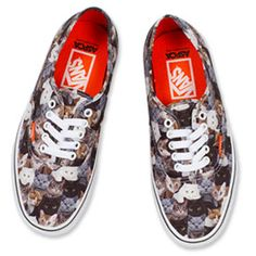 What's Right Meow: These Cat-Themed Vans Are Sending Us Into a Feline Frenzy Crazy Cat Lady, Crazy Cats, Walking Street, Right Meow, Keds, Mens Fashion, Fashion Trends, Porn, Sneakers