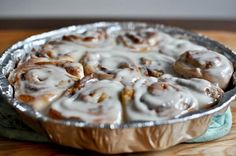 """Vanilla Cream Glaze. No cream cheese involved. Will be trying this next time I make cinnamon rolls (see my board """"things from pinterest I've actually done"""" for roll recipe)."""