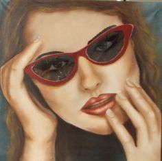 Mujer con lentes 50 x 50