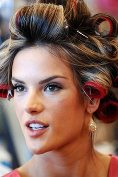 Alessandra Ambrosio in rollers: http://beautyeditor.ca/2013/11/28/victorias-secret-hair/