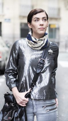 """[Mode/Adresses] Aujourd'hui je partage avec vous des conseils pour vos tenues de Noël ! Rendez-vous dans """"Noël en vintage"""" sur le blog !  Rdv ici > http://alchimie.paris/noel-en-vintage/ ou ici > http://alchimie.paris/  #christmas #look #ootd #fashion #news #advice"""