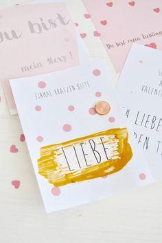 Am Wochenende habe ich mal wieder etwas gebastelt und zwar praktische Rubbelkarten für den Valentinstag. Wie das Ganze funktioniert und vier feine Vorlagen für die Karten findet ihr jetzt auf dem Blog.