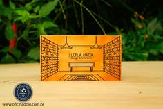 Você não vai encontrar um cartão de visitas mais legal do que esses.  Contato - oficinadoio@gmail.com | www.oficinadoio.com.br