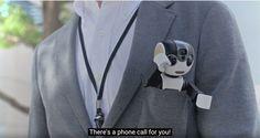 シャープ、二足歩行ロボット携帯電話 RoBoHoN 発表。プロジェクターも内蔵、音声や顔認識で操作 - Engadget Japanese