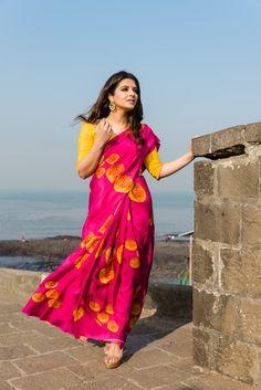 Fuschia Pink with a Yellow blouse piece Yellow Saree, Pink Saree, Yellow Blouse, Indian Dresses, Indian Outfits, Saree Poses, Crepe Saree, Saree Photoshoot, Green Midi Dress