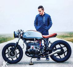 Does it get any better? @jacksonkunis @arjanvandenboom #twowheelinsta #caferacer…