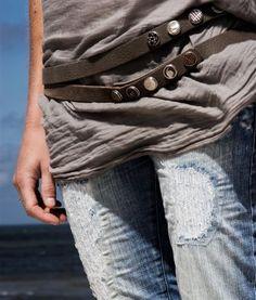 Noosa Bohemian Beach, Boho Chic, Noosa Amsterdam, Denim Fashion, Fashion Outfits, Beach Look, Fashion Details, How To Look Better, Jeans
