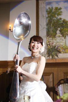 目玉イベント!?ビッグスプーンでのファーストバイト☆ 披露宴、二次会、1.5次会で使えるファーストバイトのアイデア。