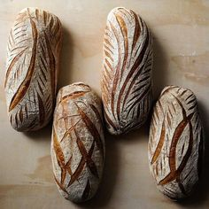 sourdough -even though I don't eat bread this is beautiful! Bread Art, Our Daily Bread, Bread And Pastries, Ciabatta, Sourdough Bread, Artisan Bread, Bread Rolls, How To Make Bread, Bread Baking