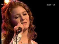 Renee Olstead  - La Vie En Rose❤❤