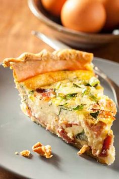 We love quiche. It's perfect in any season. This baked egg custard can serve as a last-minute weeknight supper or the fancy centerpiece at a Sunday brunch. Quiche is almost foolproof and takes to just about any ingredients. Bake it in ad. Easy Dinner Recipes, Gourmet Recipes, Cooking Recipes, Healthy Recipes, Protein Recipes, Brunch Recipes, Healthy Cooking, Healthy Meals, Yummy Recipes