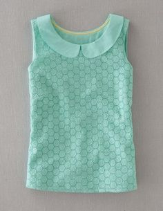Marcy mint colored top-great for work or with white skinny jeans on the weekend <3 love the honeycomb detail