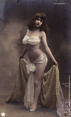 vintage everyday: Vintage Photos of Cabaret Dancers from 1900's–1930's