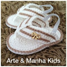 Birth baptism baby shoes girl slippers of ballerinas white pink Baby Girl Sandals, Crochet Baby Sandals, Crochet Baby Boots, Knit Baby Booties, Booties Crochet, Crochet Shoes, Baby Girl Shoes, Crochet Slippers, Baby Shoes Pattern