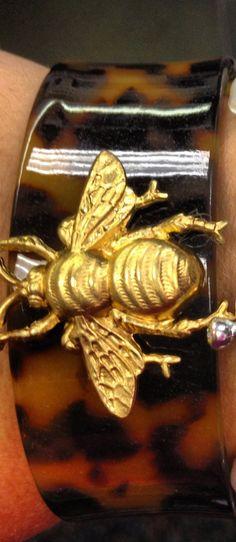 tortoise bee cuff #tayloreddesigns704 #sparklebar