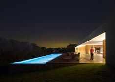 Casa Lee by Studio MK27© Fernando Guerra, FG+SG Architectural Photography