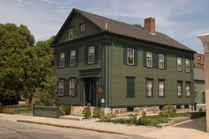 The Lizzie Borden House, Fall River, Massachusetts  The 19th century home of Lizzie Borden and her family, this house was the site of the axe murders of her father and stepmother, widely believed to have been committed by Lizzie herself – even though she was tried and acquitted.  Apparitions and voices are experienced throughout the house. From: The Most Haunted Place in Each of the 50 States