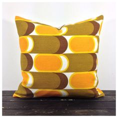 """Cushion Cover Vintage 1970s Graphic Fabric 16"""" x 16"""" in Home, Furniture & DIY, Home Decor, Cushions 
