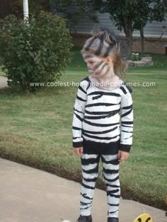 My styling zebra such a simple costume all you need is black and easy homemade zebra costume solutioingenieria Images