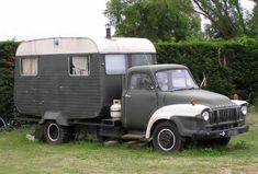 Camper + truck + a welding kit= awesome. Vintage Campers Trailers, Vintage Caravans, Camper Trailers, Travel Trailers, Camper Caravan, Truck Camper, Camper Van, Cool Campers, Rv Campers