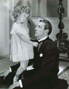 Shirley Temple e Gary Cooper em Now and Forever. Já assistiram a esse filme?  Curta Cinema Clássico