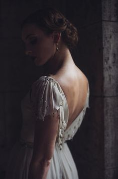 All That Jazz: 20s Inspired Wedding Dresses via Brit + Co
