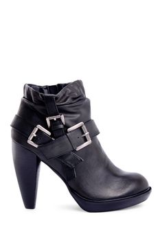 Ginerva Bootie ~ I'm ready for boot wearin' weather.