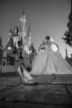 My (Danielle Rudl's) Cinderella Moment during our wedding photos at the Magic Kingdom in Disney! Disney World Wedding, Disney Inspired Wedding, Fairytale Weddings, Cinderella Wedding, Disney Weddings, Funny Wedding Photos, Wedding Pictures, Wedding Ideas, Wedding Stuff