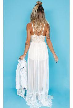 Macaquinho Renda com Transparência - fashioncloset