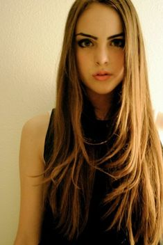 Facts About Stars. - #49- Elizabeth Gillies - Page 1 - Wattpad