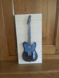 Guitare Fender Lencaster en string art