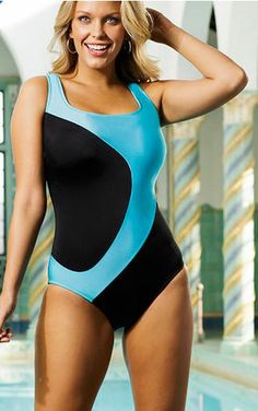 tall and plus size swimsuit with sizes 8-24 #fashion #plussize #tall #fashionblogger