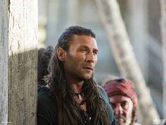 Black Sails - Captain Charles Vane (Zach McGowan)