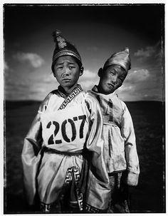 Asien , Mongolei , Nationalfest Naadam , Das Naadam-Fest  , Pferderennen…