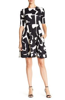 Donna Morgan - Two-Tone Graphic Fit & Flare Dress