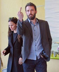 The Ben Affleck | Middle Fingers - 43 Types (Pix) of Celebrity --- http://www.buzzfeed.com/whitneyjefferson/celebrity-middle-fingers#3nohv8n http://buzzfeed.com/whitneyjefferson/celebrity-middle-fingers http://www.buzzfeed.com ---