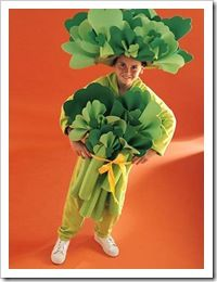 Another great broccoli costume to inspire a healthful Halloween.