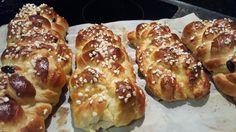 Allerheiligen-Striezel Rezept aus der Steiermark  #Allerheiligen #Striezel #Germ #Hefe #Backen #Selbstgemacht Doughnut, French Toast, Bread, Chicken, Breakfast, Desserts, Food, All Saints Day, Delicious Food