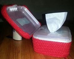 Feuchtboxtücher  umhäkelt