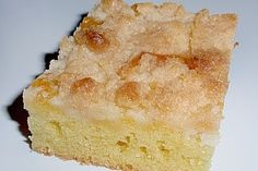 Thüringer Streuselkuchen 250 Thuringian crumble cake Ingredients forIngredients: 250 g cream cheeseCherry Crumble Cake au German Cake, German Bread, Baking Recipes, Cake Recipes, Yummy Treats, Yummy Food, German Baking, Quick Cake, Eggnog Recipe