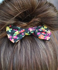 Love, The Skinnys: Bows and Bows and Bows Types Of Bows, Dead Hair, Hair Supplies, Hair Heaven, Makeup Tattoos, Cute Bows, Hairbows, Gorgeous Hair, Cute Hairstyles