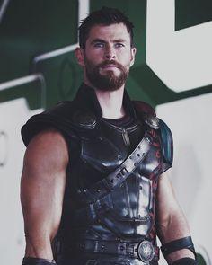 no complaints #thor #thorragnarok #avengers #marvel #infinitywar #avengersinfinitywar #avengers4 #yum #what